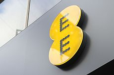 ee store front